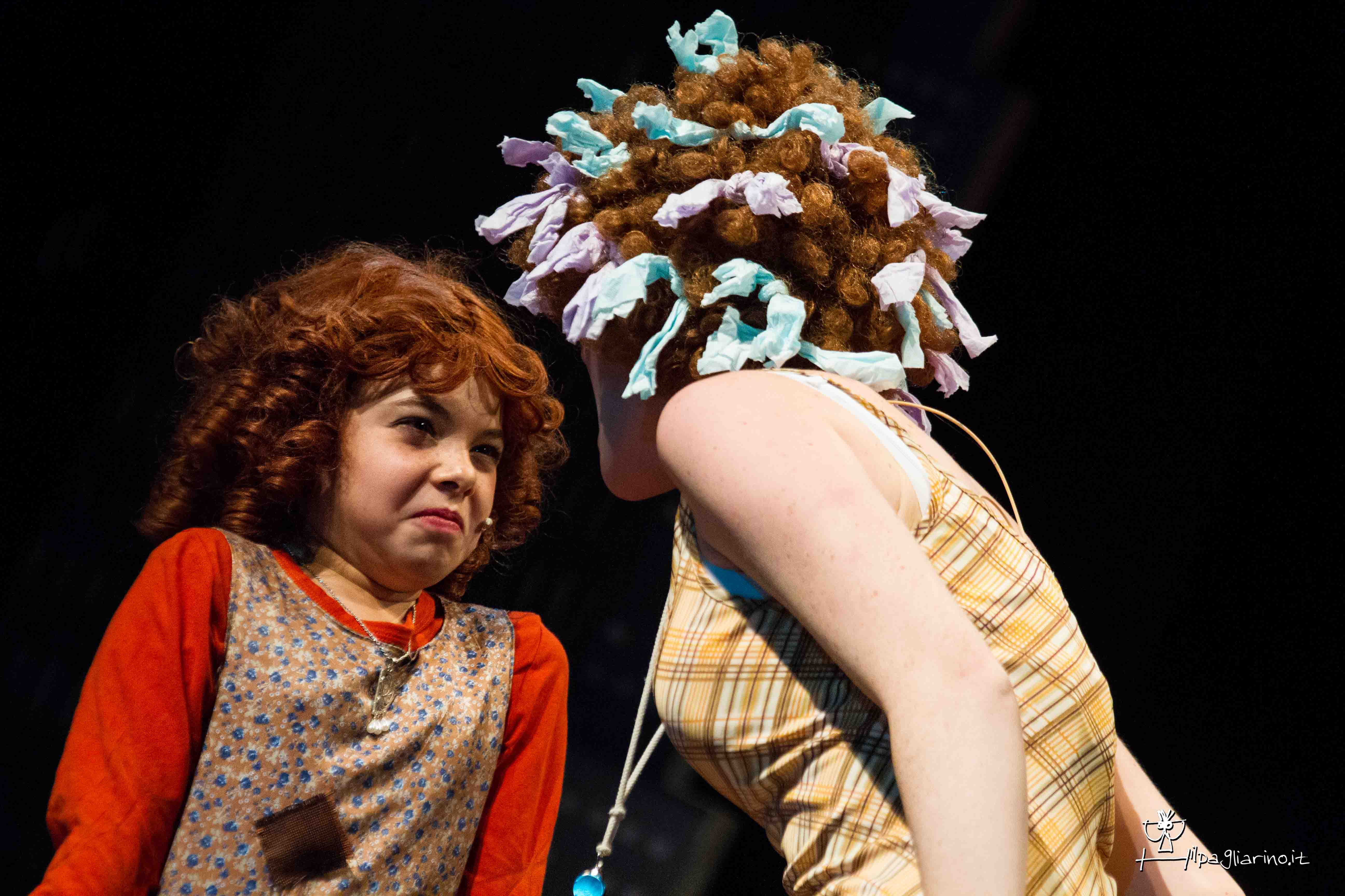 Citaten Annie Xxi : Annie on stage children s musical school